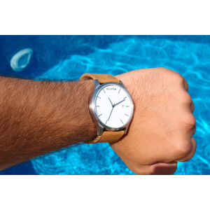 Hodinky MVMT CLASSIC SERIES - 45 MM WHITE TAN
